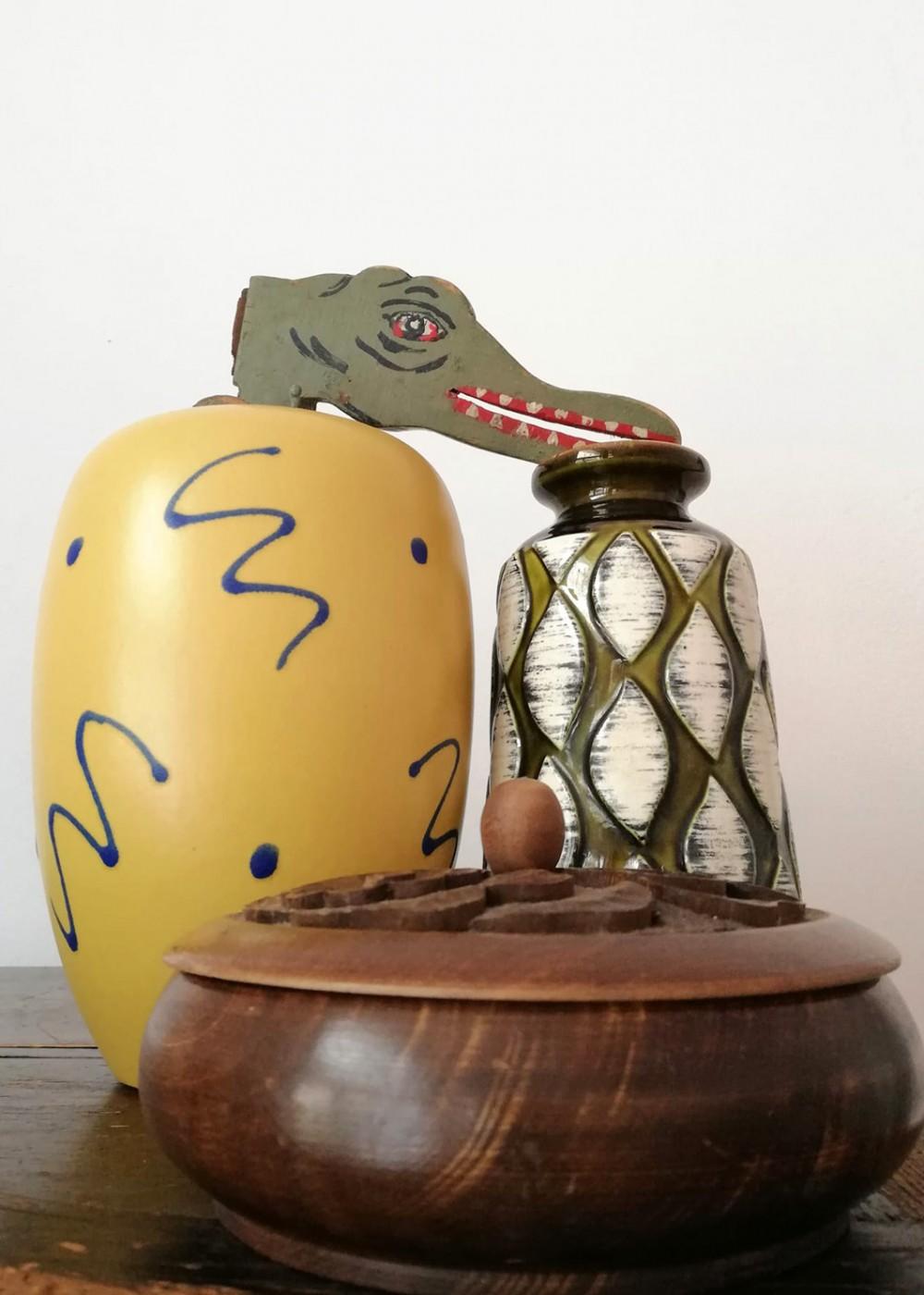 Stilleben mit Krokodil